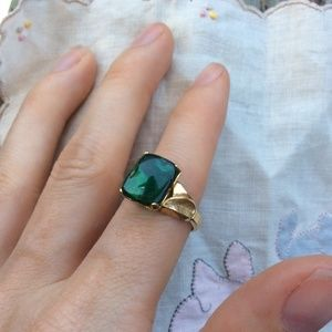 Vintage Jewelry - Emerald Green 10k Gold Filled Band Ring